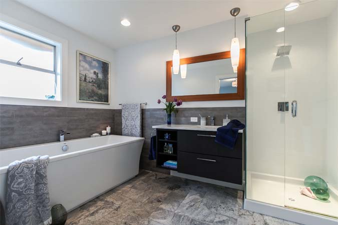 Hardy Crescent Ensuite